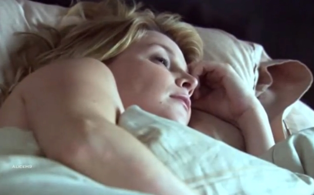 Tina_Sheets_in bed CU