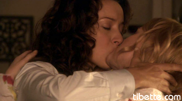 Bette_Tina Early KIss for flashback