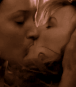 Bette Tina Kiss Sepia.1