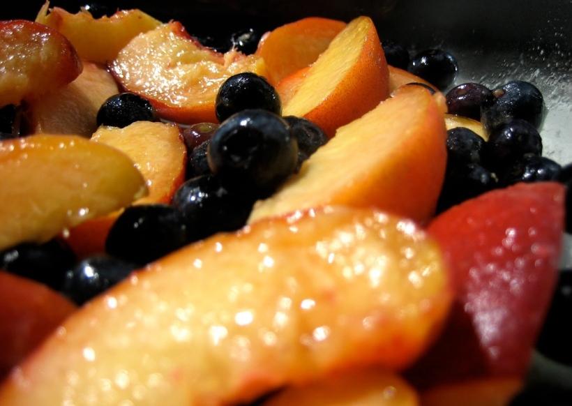peaches_blueberries